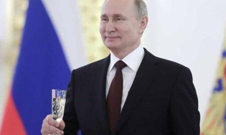 Putin stârnește revota printre marii producători de șampanie. Noua lege i-a supărat rău pe francezi