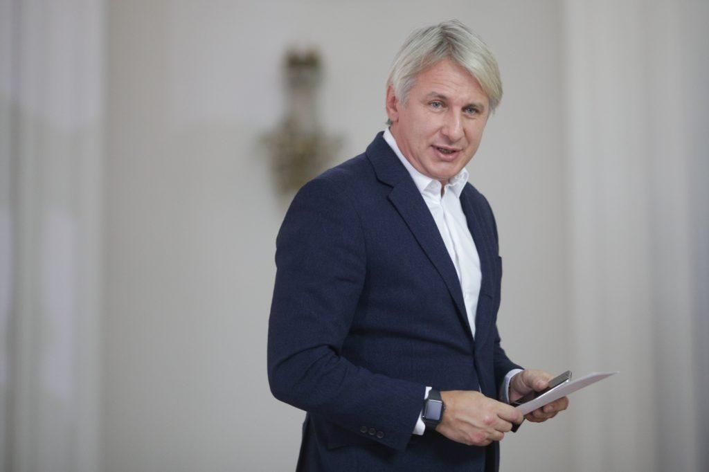 Teodorovici, un nou atac la adresa lui Cîțu: ,,Vorba românului … «este prost dar e prostul nostru»