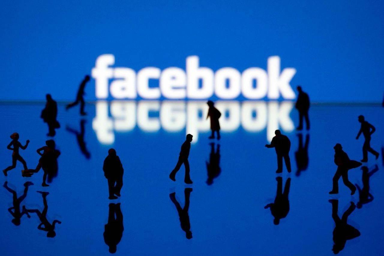 Facebook: Problemele continuă. Gigantul de social media acuzat că nu a spus adevărul legat de numărul de utilizatori