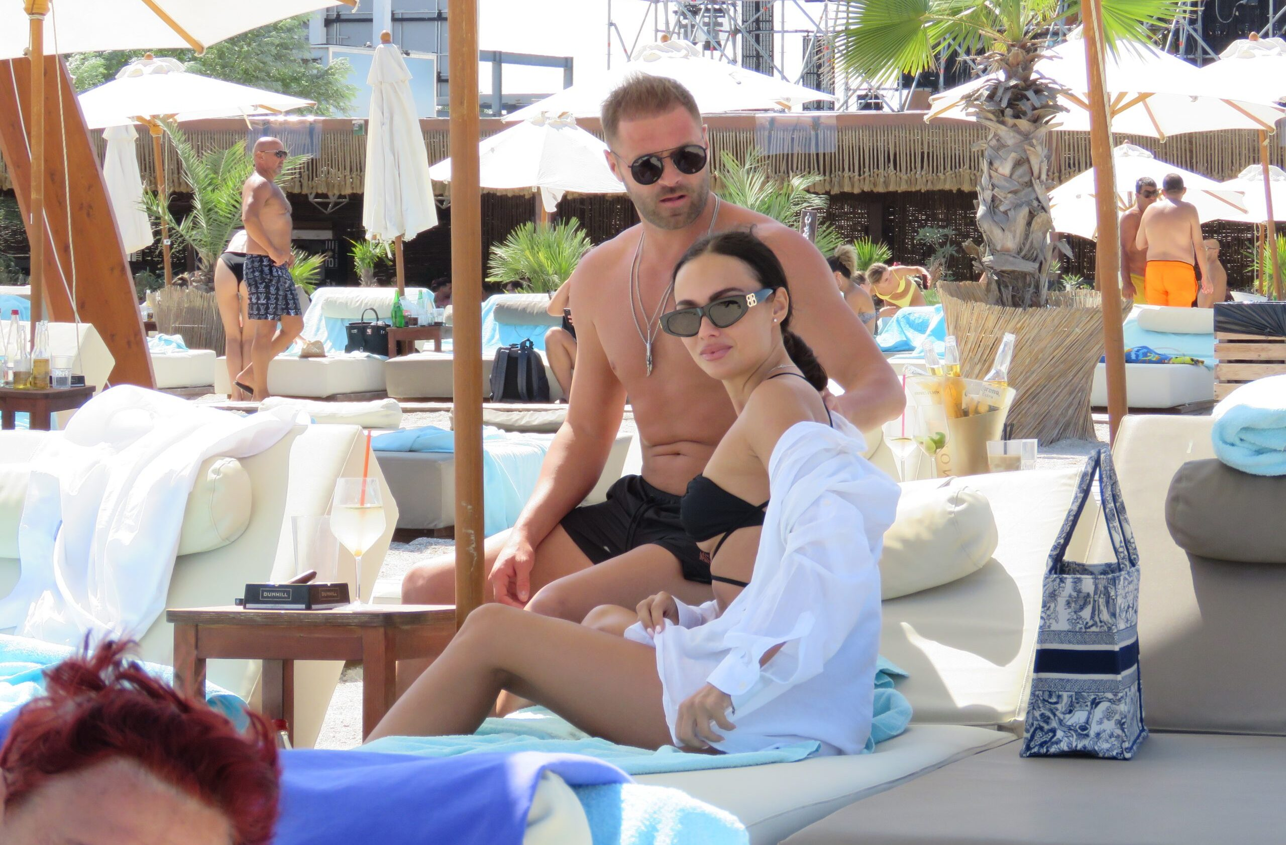 Raluca Pulhac, una dintre cele mai frumoase soții de fotbalist. Cei doi se iubesc ca în prima zi de relație