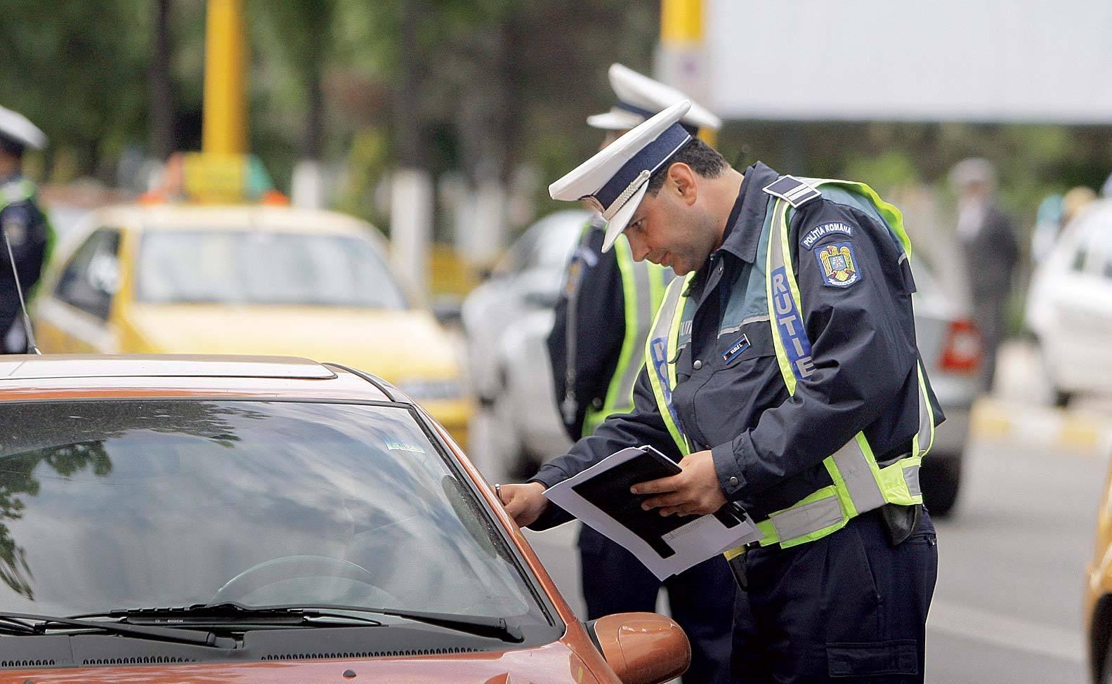 Polițiștii nu-i mai iartă pe români! Mii de permise de conducere, reținute în doar câteva zile
