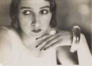 Viața lui Renée Perle, românca ce i-a fost muză, iubită și obsesie fotografului francez Jacques-Henri Lartigue