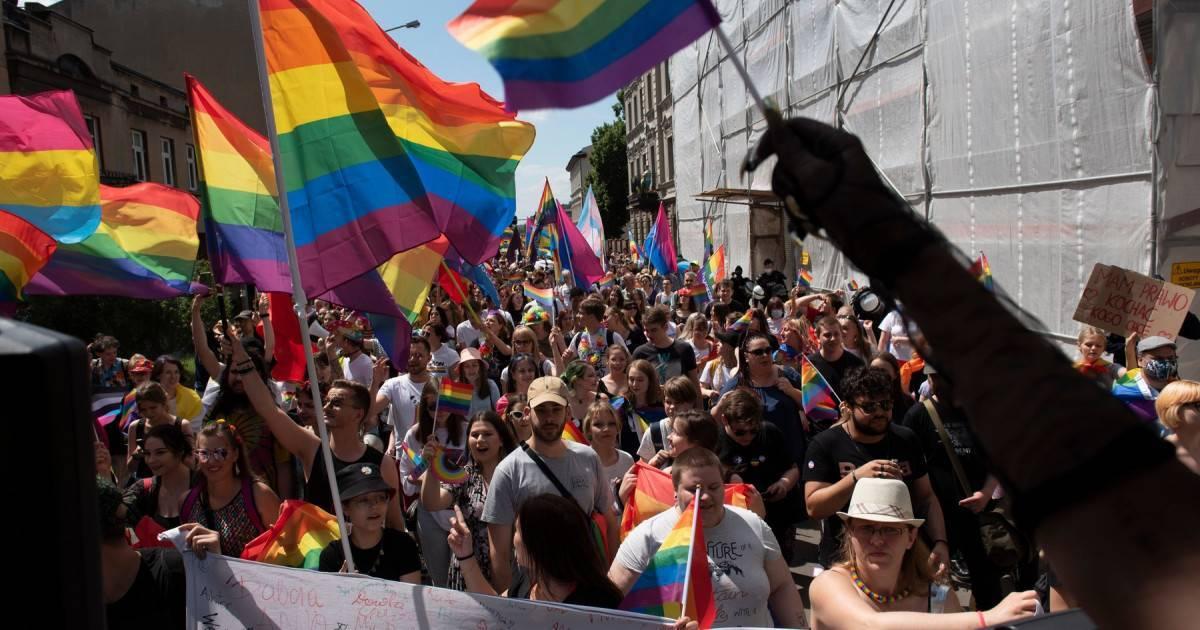 Noi măsuri în Ungaria. Legea anti-LGBT, aplicată în vecinătatea bisericilor și a școlilor