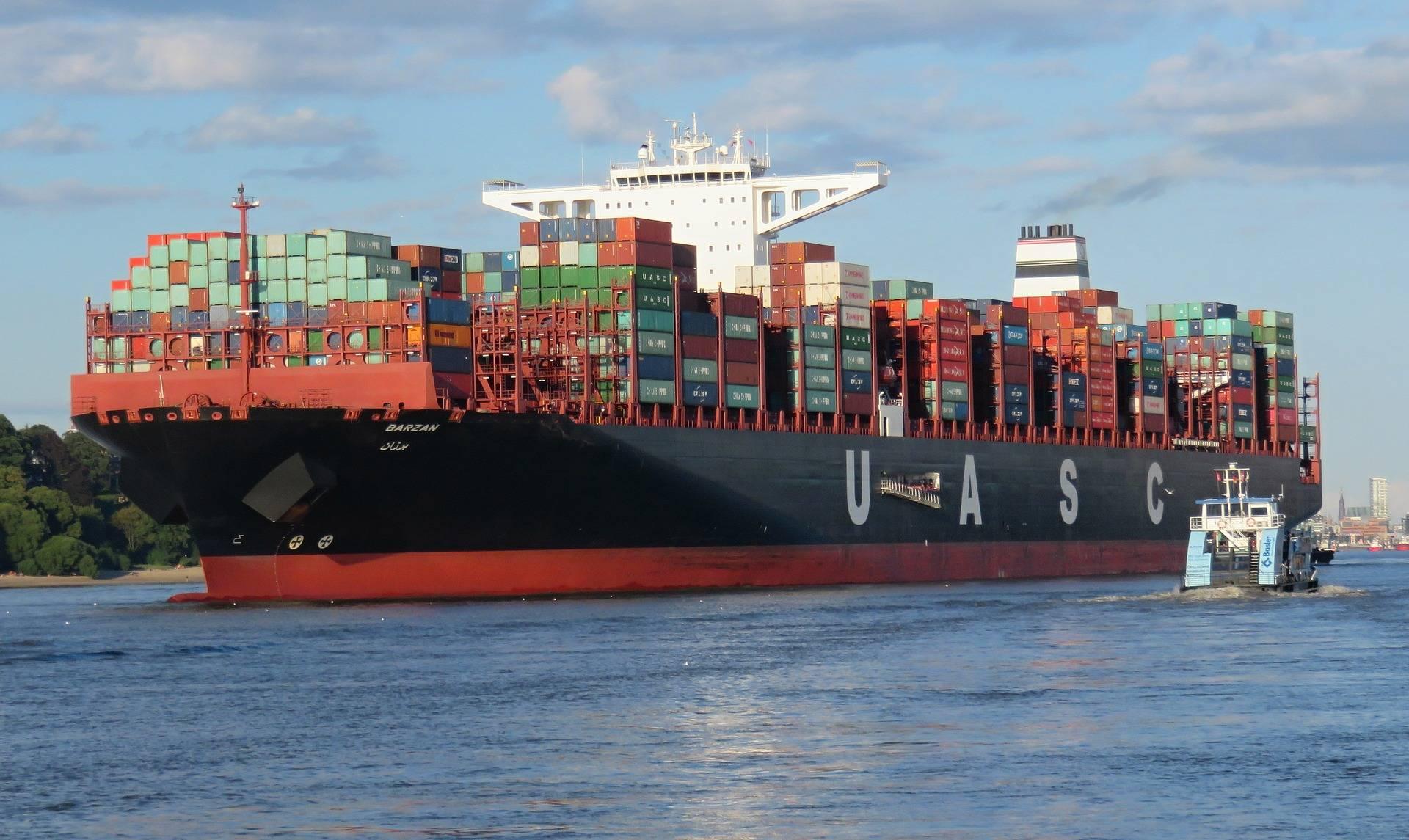 Criza containerelor și problemele din China crează dificultăți transportatorilor. Prețurile ar putea crește