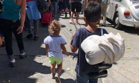 337 de copii separați de părinți în urma deciziei lui Trump, încă nu și-au găsit familiile