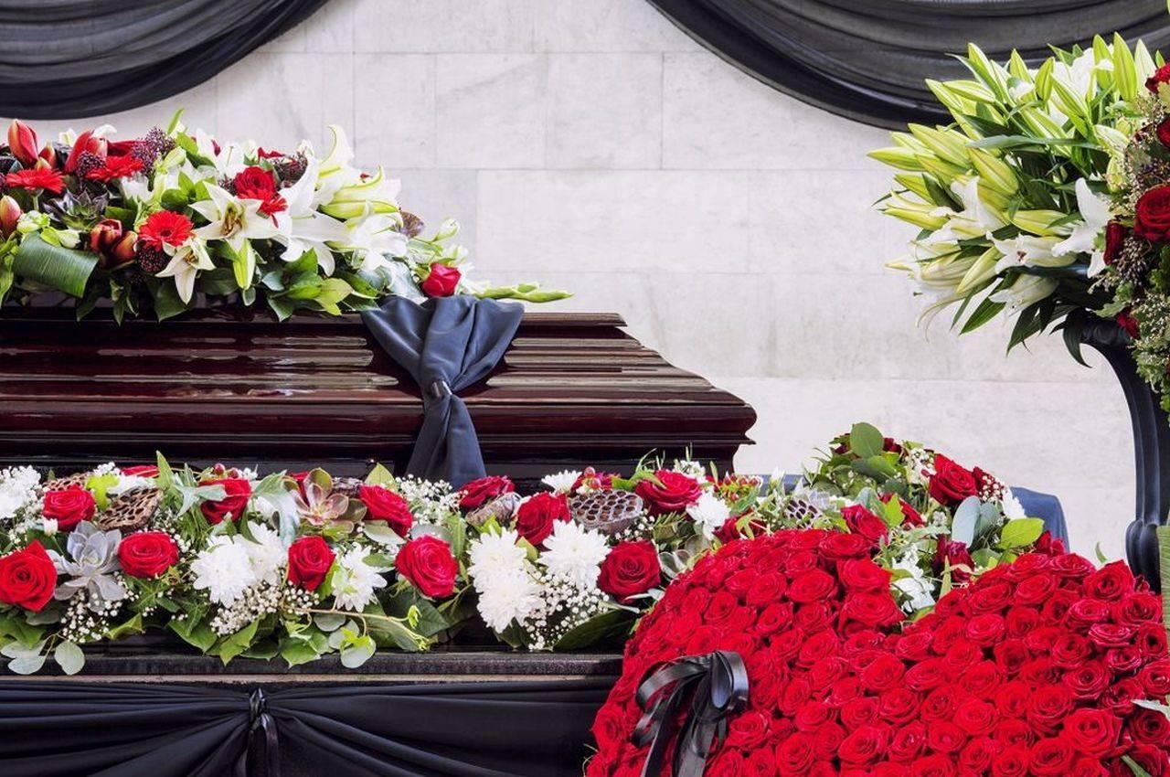 Galațiul interzice înmormântările duminica! Motivul? Nu mai sunt gropari