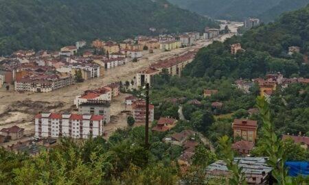 Inundații tragice în Turcia. Cinci persoane au murit în nordul țării
