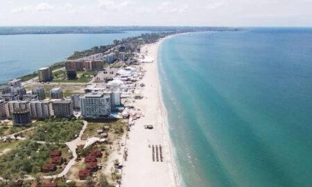 Pachetele turistice pe litoralul românesc, mai ieftine cu 70%, din septembrie