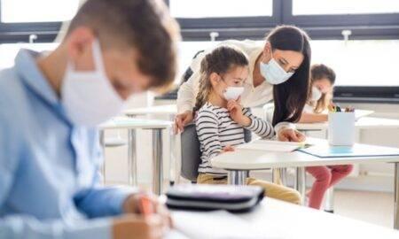 Elevii vor continua să meargă la școală fizic și dacă incidența trece de 6 la mia de locuitori.Deciziile vor fi adaptate