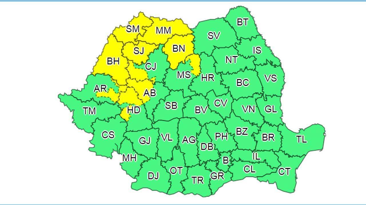 Cod galben de vreme severă în 10 județe din România