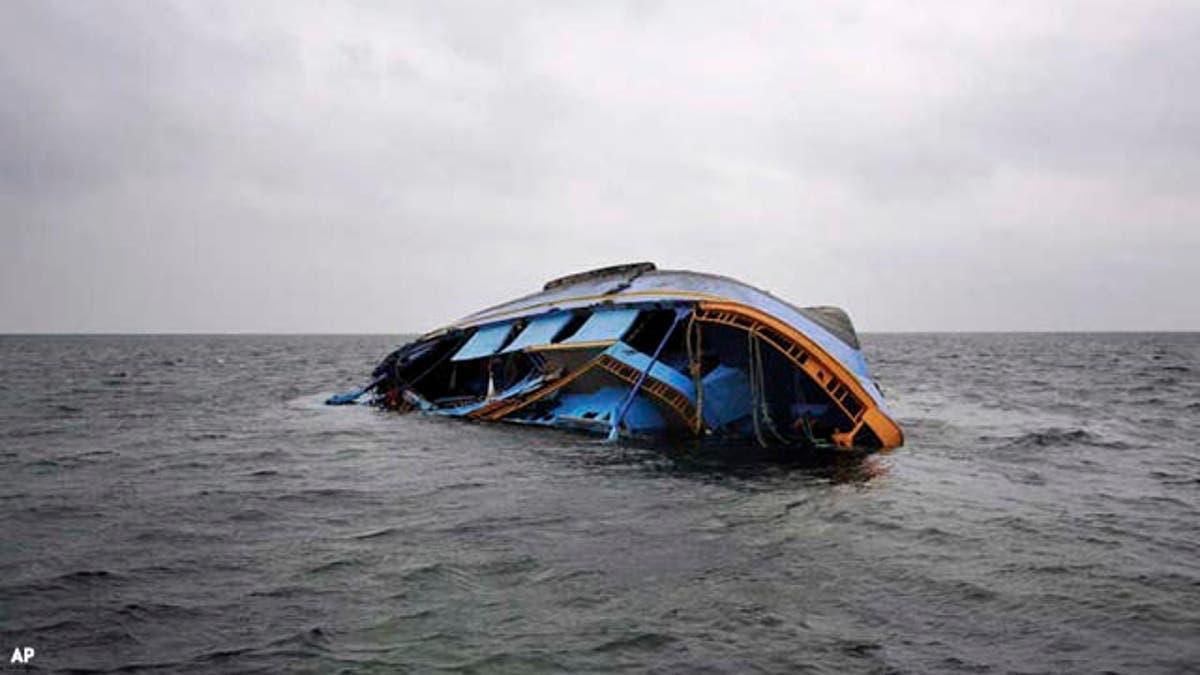 O barcă plină de migranți s-a scufundat! 42 de persoane au murit în condiții tragice