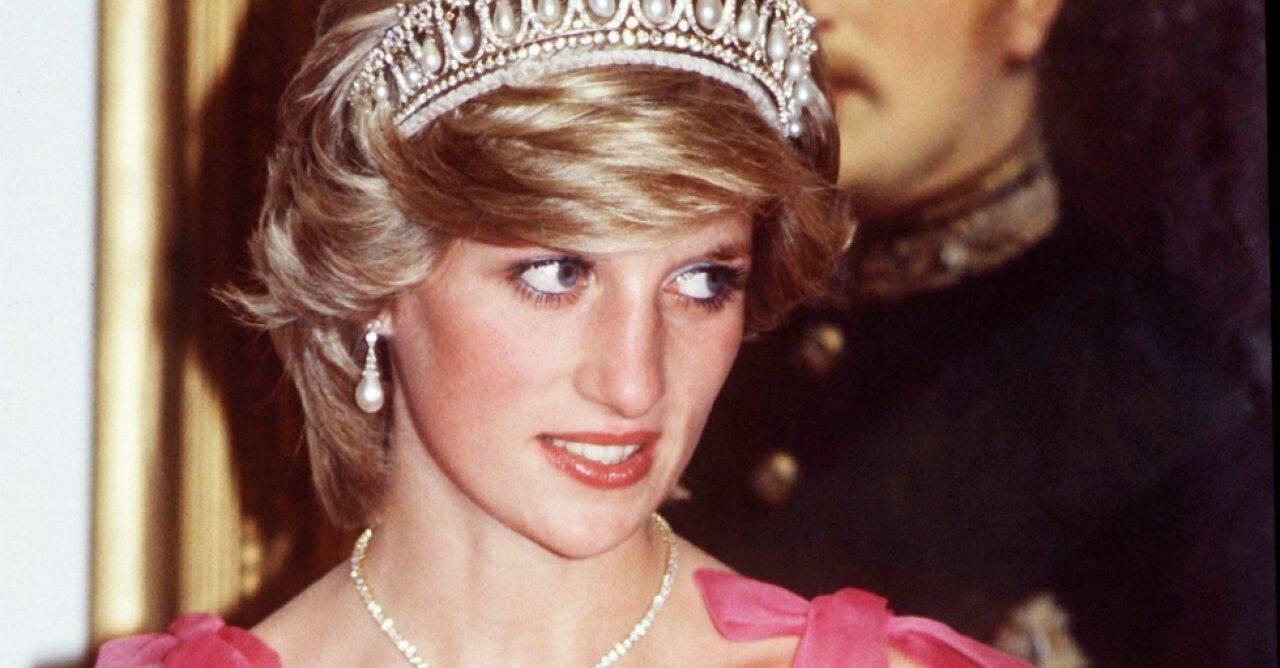 Astăzi, 31.08, se împlinesc 24 de ani de la moartea Prințesei Diana, Prințesa de Wales. Ce scrisori s-au găsit