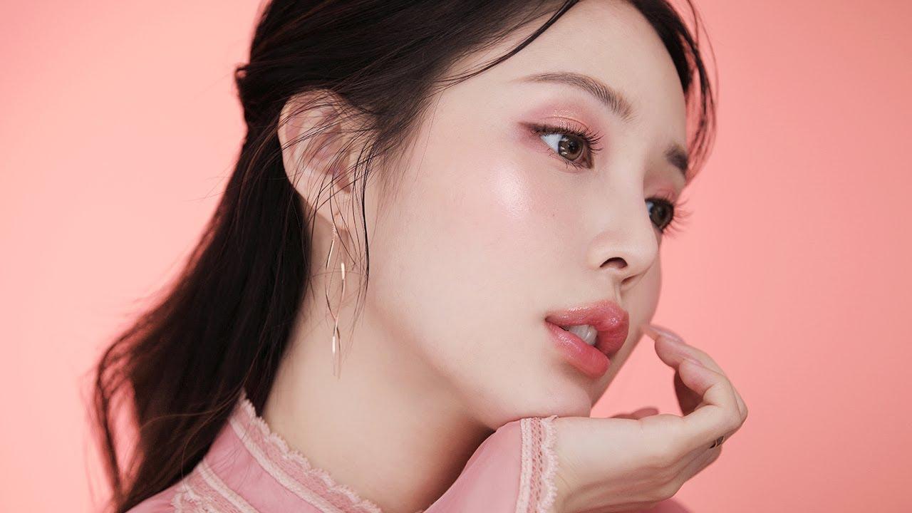 Îngrijește-ți tenul după rutina secretă coreeană! 10 pași simpli pentru o piele luminoasă, fără imperfecțiuni