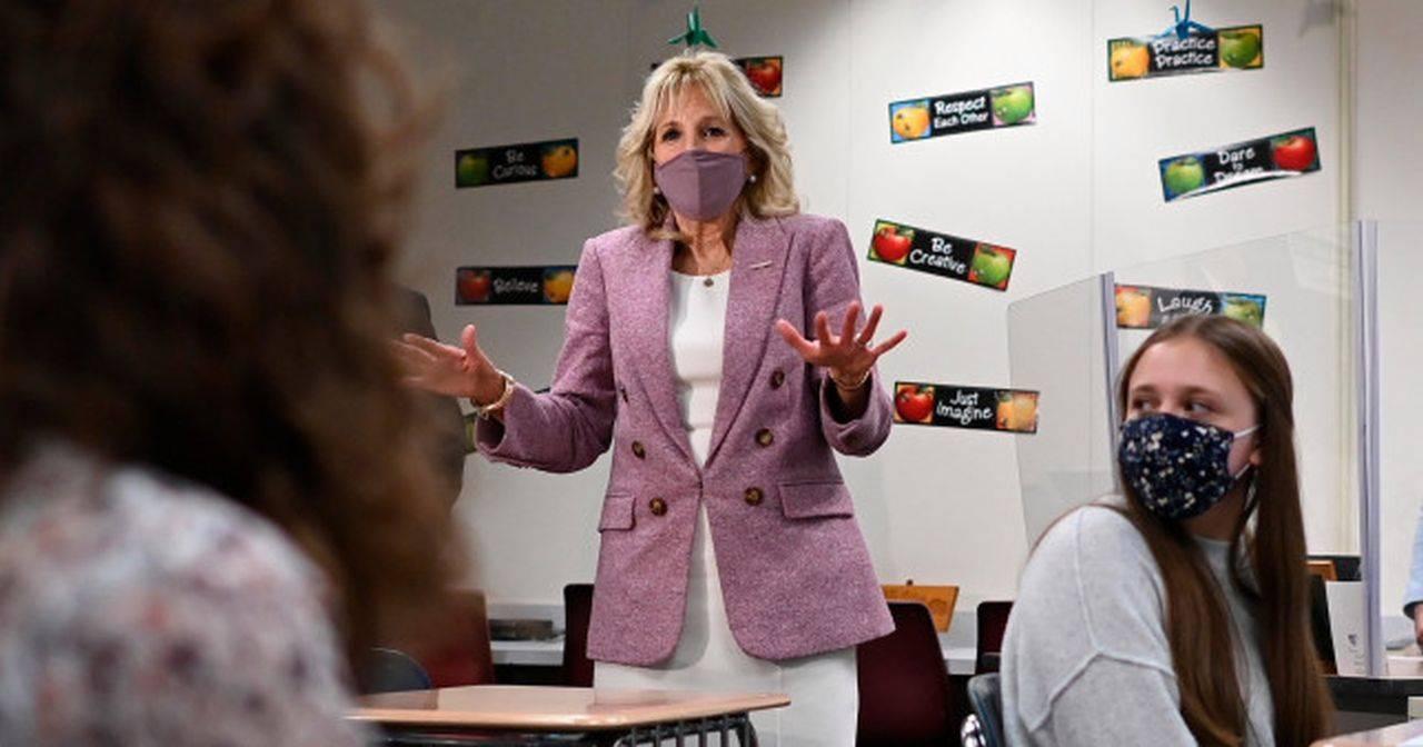 """Jill Biden a început să predea din nou față în față: """"Va aduce cu adevărat rolul primei doamne în secolul 21"""""""