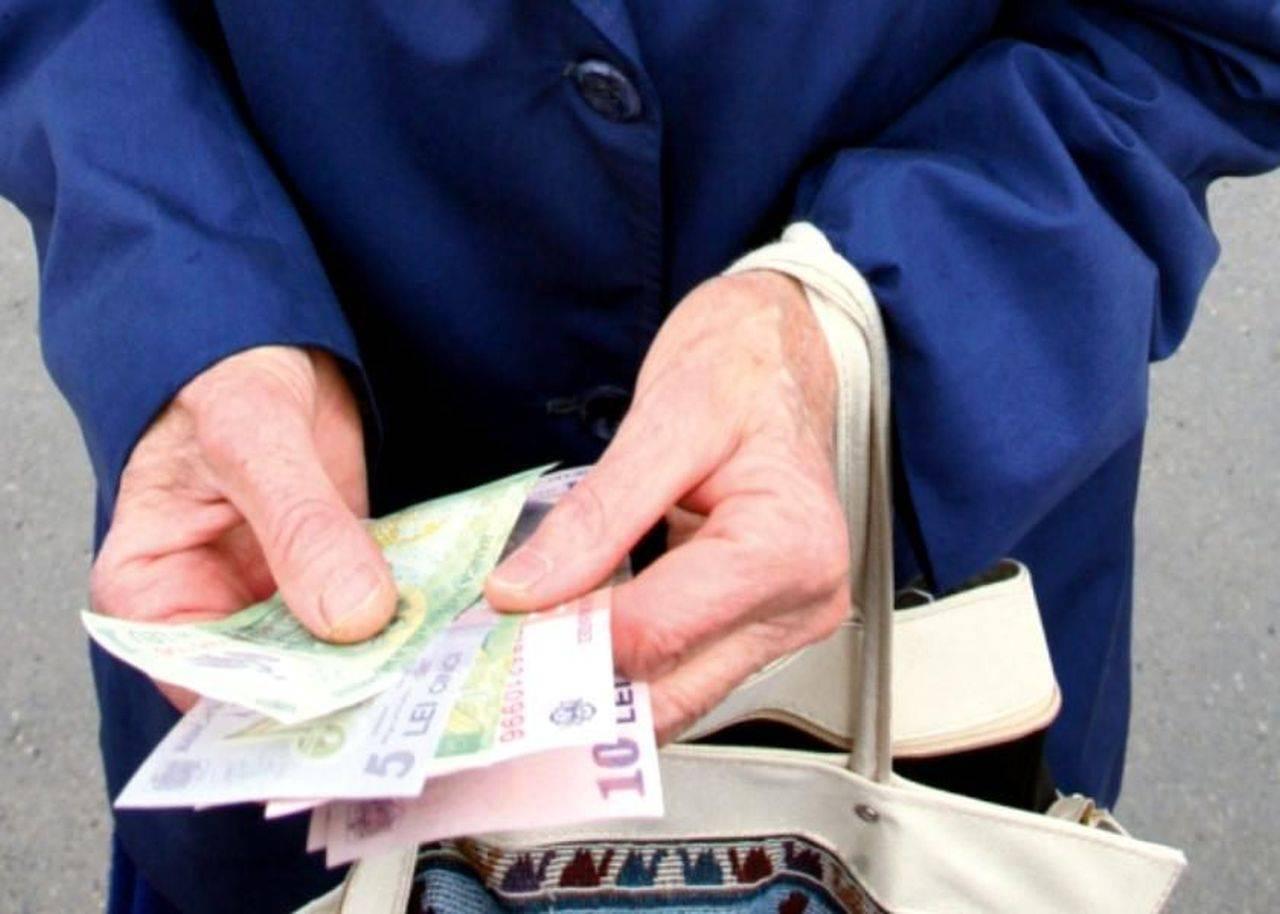 Proiect. Beneficiarii de ajutor social ar urma să primească indemnizația și dacă se angajează. În ce condiții