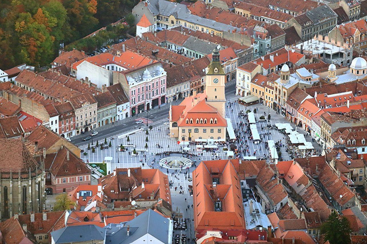 Pe timpul Forumului Orașelor Verzi, Brașovul închide o parte din străzi