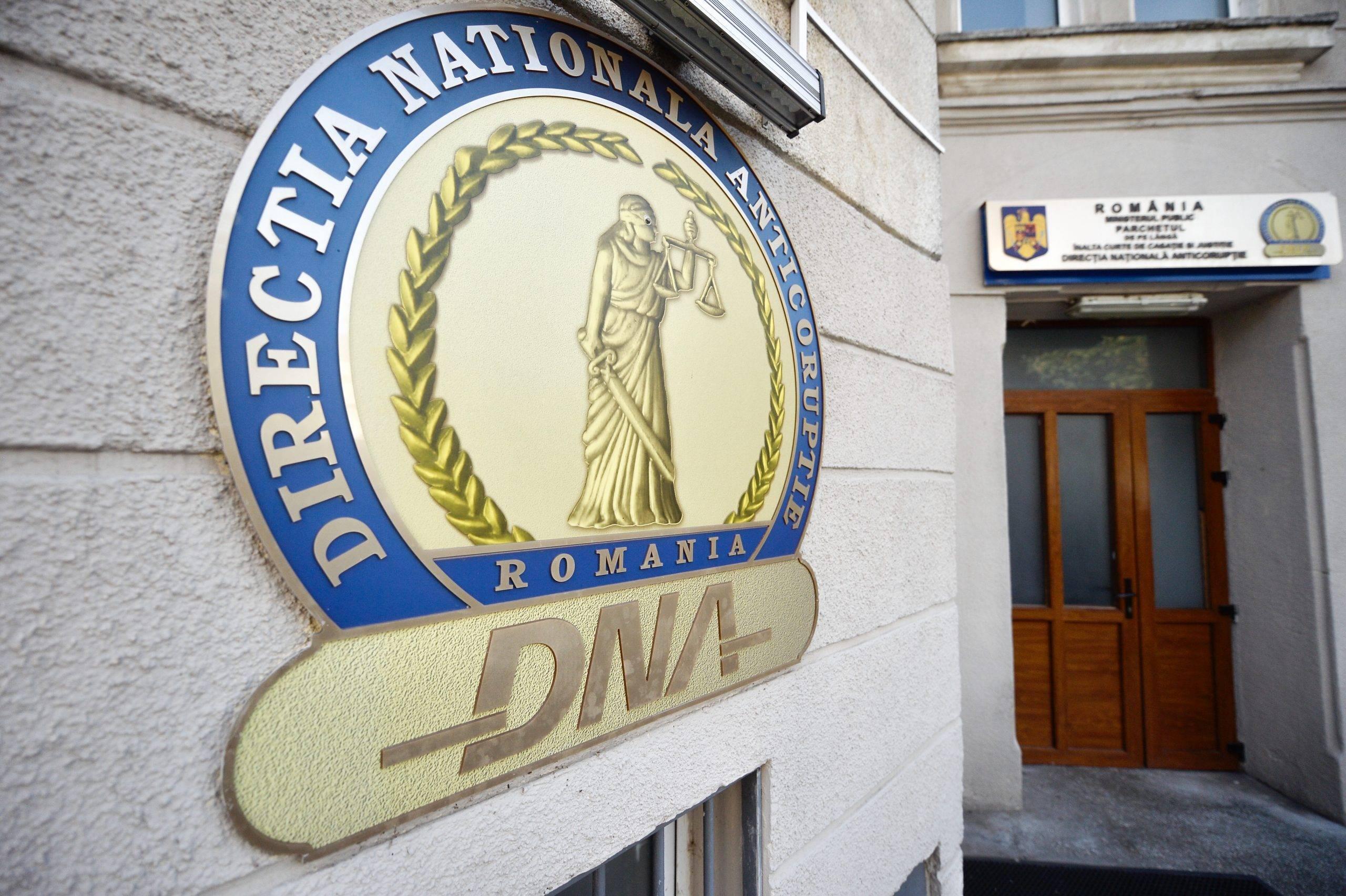 Comisar renumit, de la Direcția de Investigare a Criminalității Economice, trimis în judecată de DNA