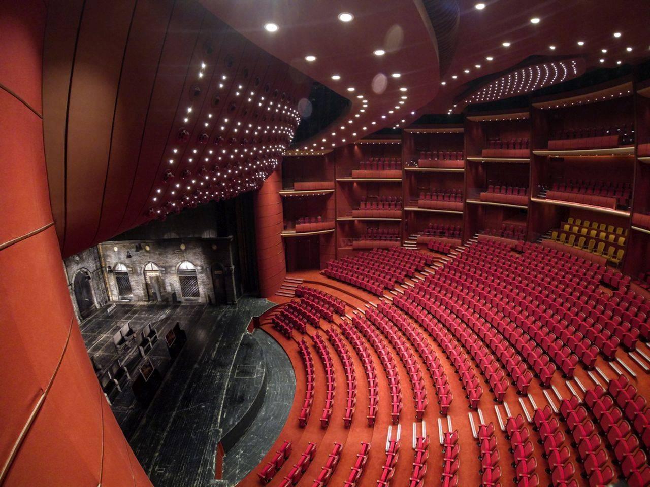 Sala Mare a Teatrului Naţional Bucureşti va purta numele Ion Caramitru