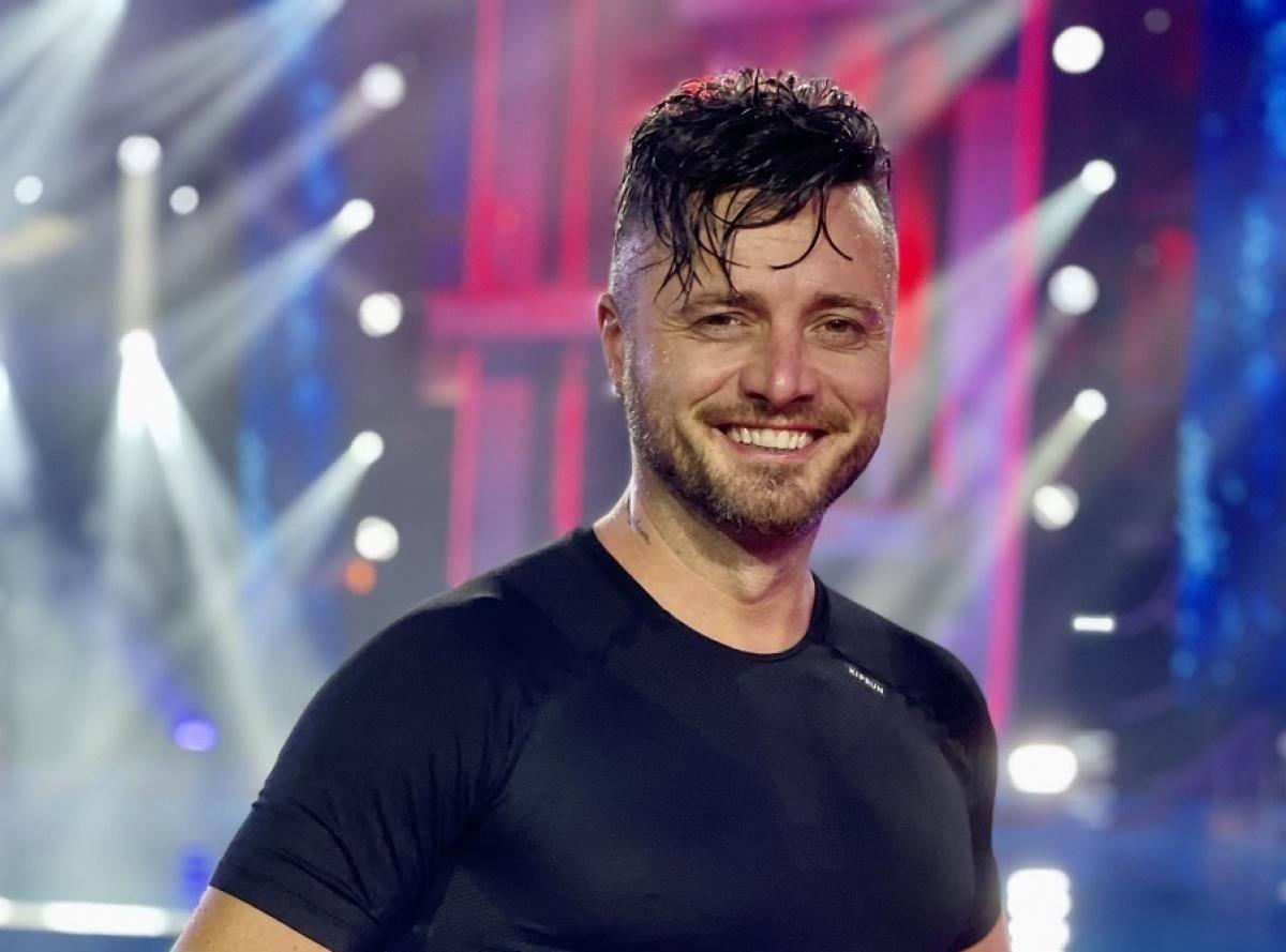 """Tavi Clonda, noul concurent de la """"Splash! Vedete la apă"""". Este pregătit să spele """"rușinea"""" familiei"""