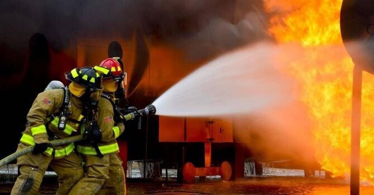 Incendiu la un hotel din Eforie Nord! Peste 80 de oameni au fost evacuați de urgență