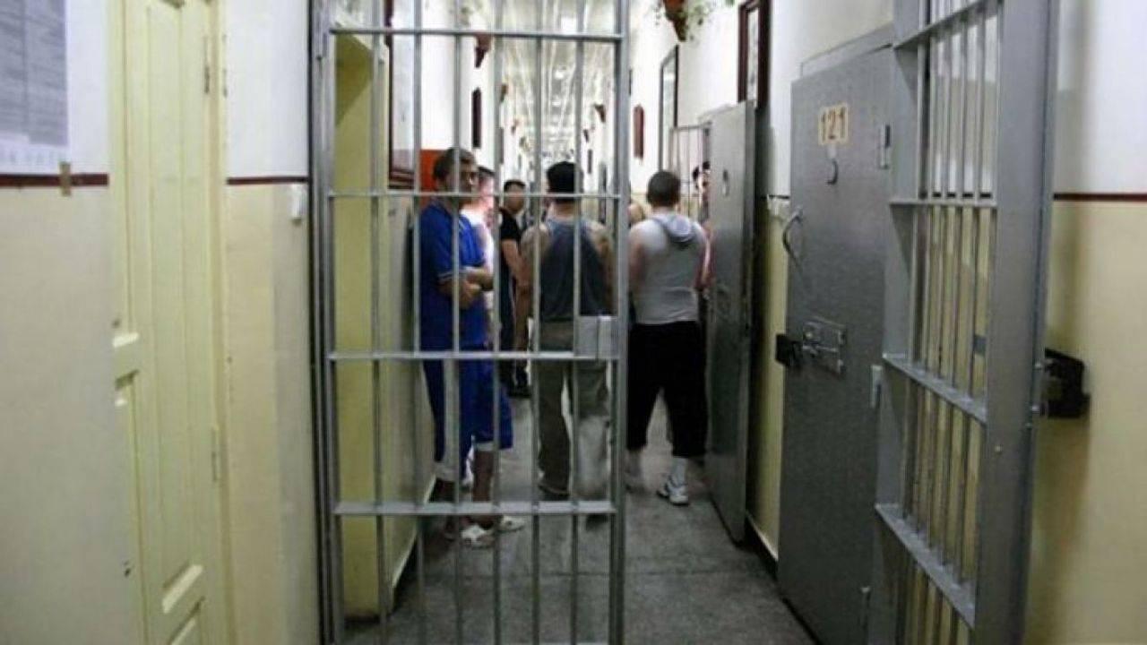Revoltă în închisoare! În urma unui scandal de proporții, 24 de deținuți au fost uciși