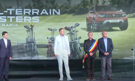 """Klaus Iohannis afirmă că golful ,,nu este deloc exclusiv"""": ,,Încurajez pe cât mai mulți să descopere acest frumos sport"""""""
