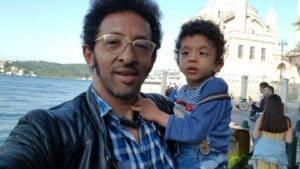 Kamara, părinte dedicat întru totul lui Leon, fiul său bolnav. Ce părere are despre o nouă relație