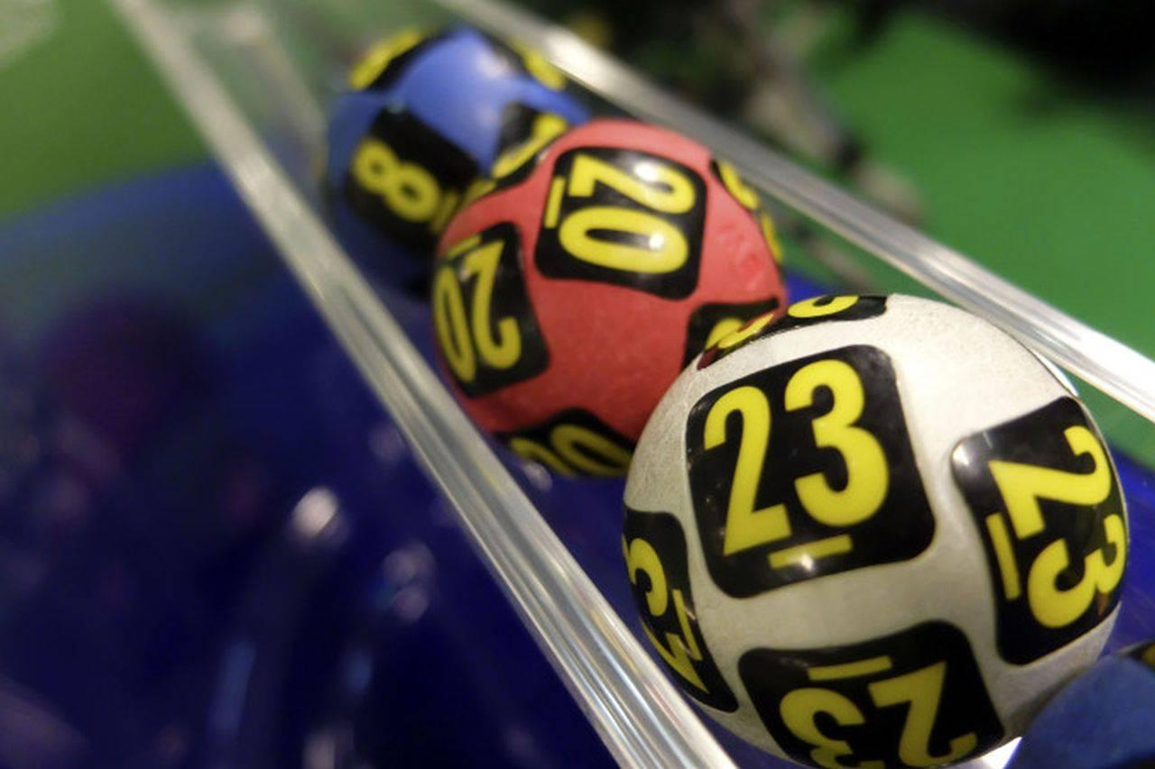 Loteria Română a făcut o nouă extragere! Acestea sunt numerele care pot aduce românilor premiul de un milion de euro