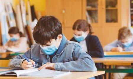 Mai este doar o zi până când începe școala! Guvernul a anunțat ce reguli vor respecta elevii în noul an școlar