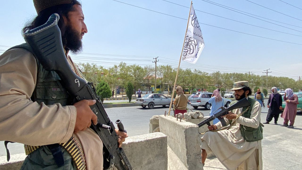 Zeci de persoane au fost ucise, sau grav rănite, de focurile de armă de celebrare trase la Kabul