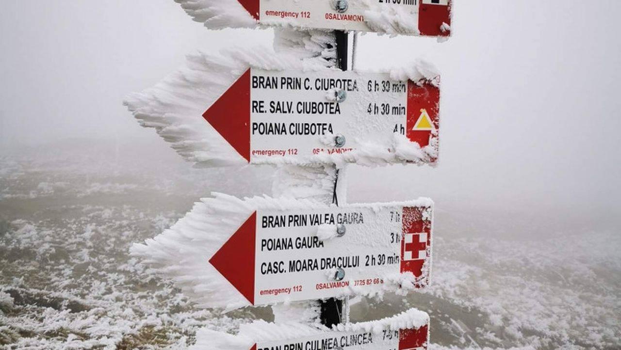 Iarnă în septembrie! Cea mai mică temperatură din Europa este pe Vârful Omu, iar pe Transfăgărășan ninge ca în povești