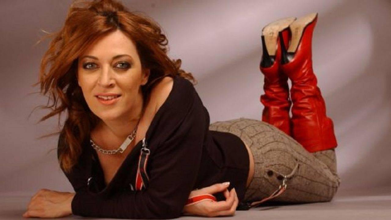 Laura Stoica trebuia să împlinească astăzi vârsta de 54 de ani. O reamintire a imaginii celei ce a fost artista noastră