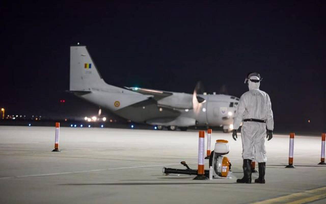 România primește tratament COVID cu anticorpi monoclonali! O aeronavă a Forțelor Aeriene a adus coletul în această seară