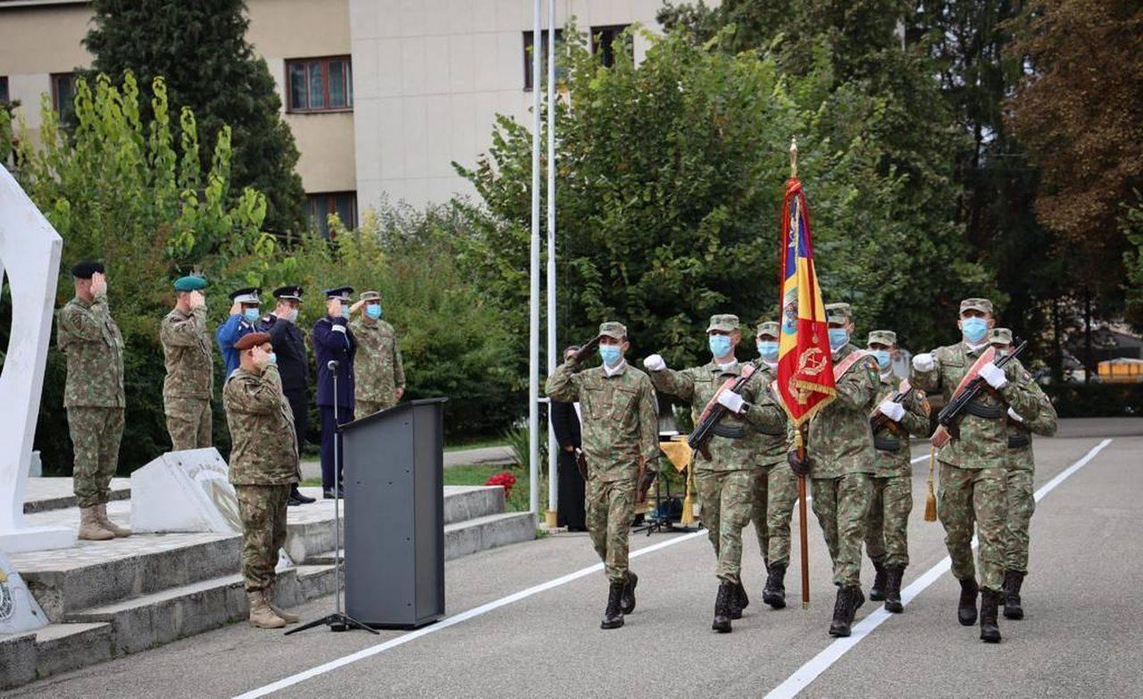 Ministerul apărării școlarizează o nouă serie de SGP! Ceremonie de Depunere a Jurământului Militar, organizată în Argeș