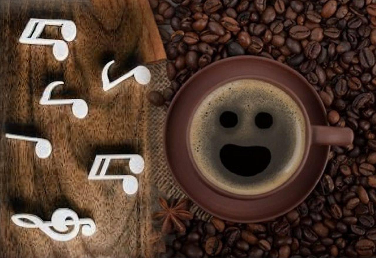 1 Octombrie: Ziua internațională a zâmbetului, a cafelei și a muzicii