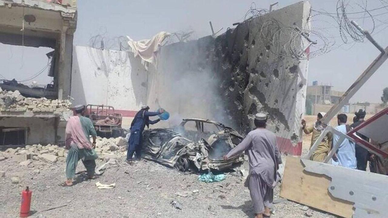 Minim 80 morți și 140 de răniți într-o explozie dintr-o moschee