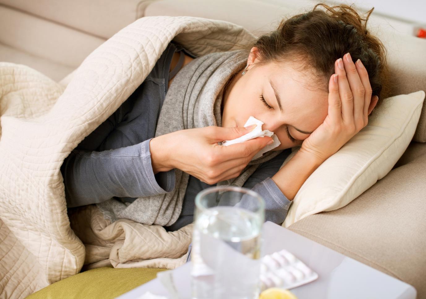 Gripa și răceala-cauze, simptome, tratament. Diferențe între aceste două afecțiuni ale sezonului rece