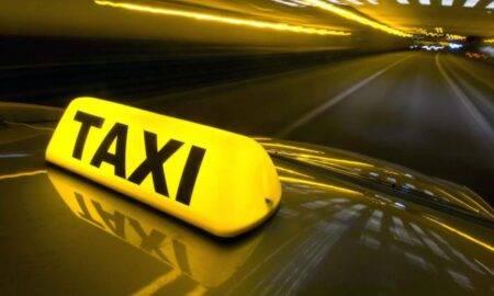 O firmă de taxi face angajări istorice! Salariile sunt de 6.800 de dolari pe lună
